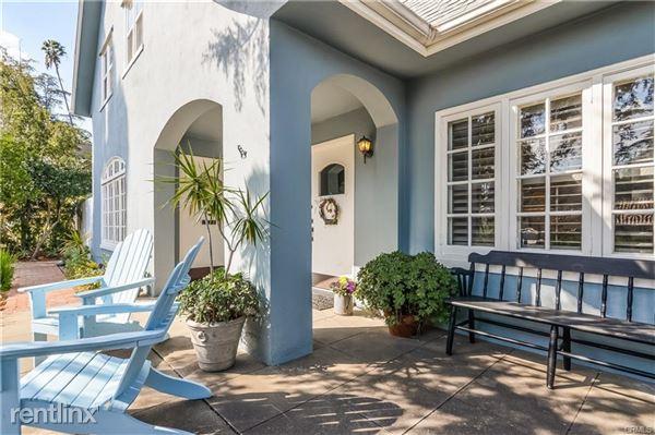 833 Oakwood Pl, Pasadena, CA