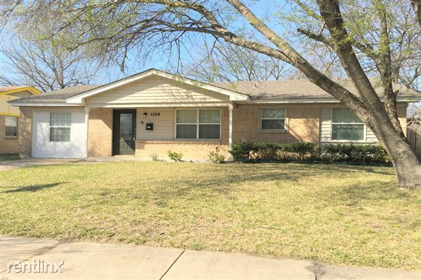 1309 Bayshore Drive, Garland, TX