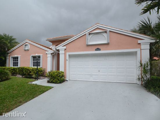 577 Nw 48th Ave, Deerfield Beach, FL