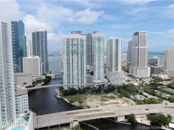 90 Sw 3rd St Apt 3320, Miami, FL