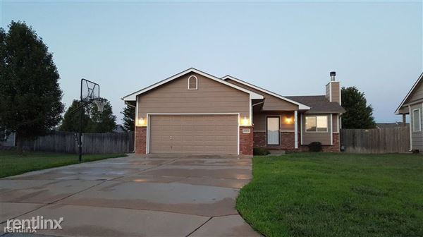11914 W Grant Ct, Wichita, KS
