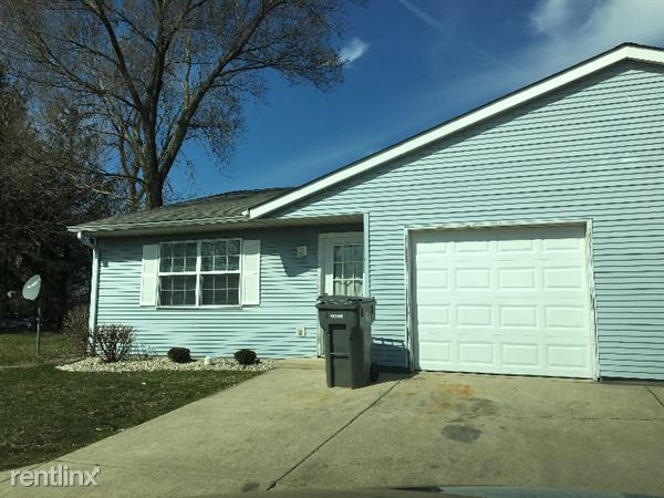 3820 Sherman Towne Dr, Indianapolis, IN