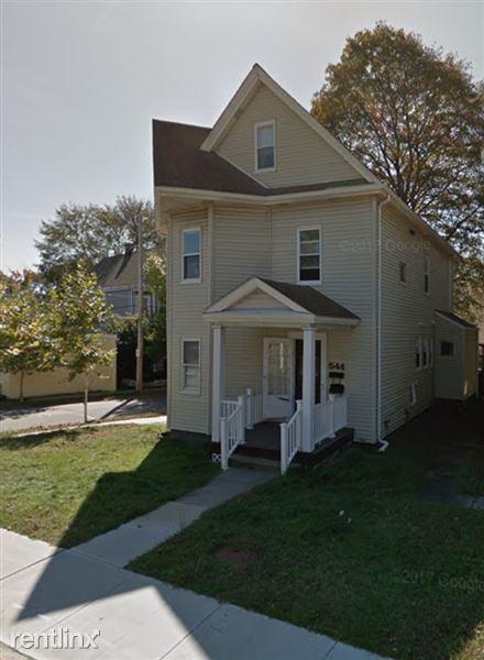 544 Trapelo Rd # 2-544, Belmont, MA