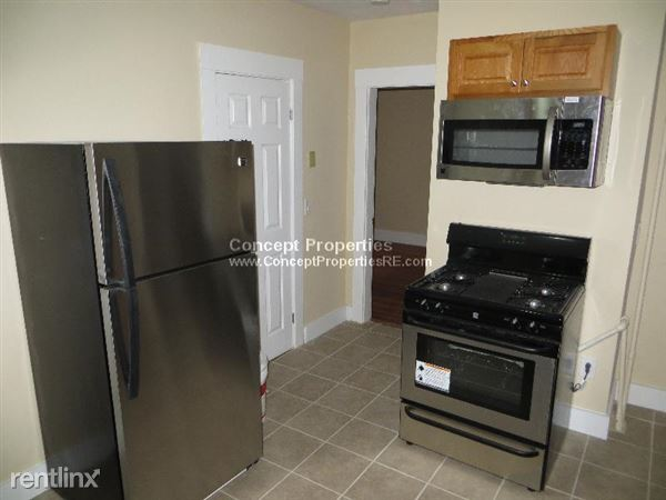 2 Pinedale Rd # 1m, Roslindale, MA