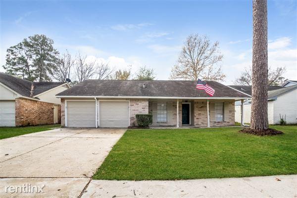 5818 Woodmancote Drive, Humble, TX