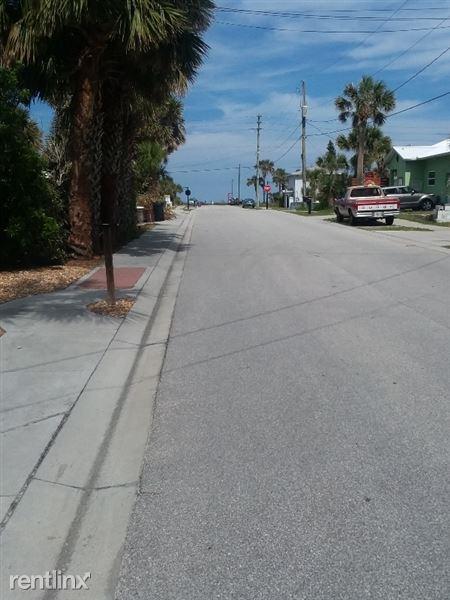 216 South 9th St., Flagler Beach, FL