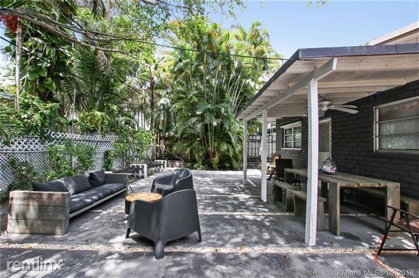 1791 S Bayshore Ln, Coconut Grove, FL