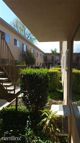 5320 Corteen Pl, Valley Village, CA