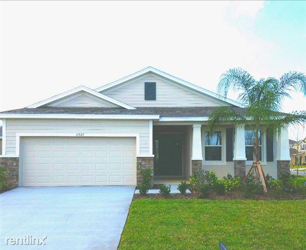 15327 Las Olas Place, Bradenton, FL