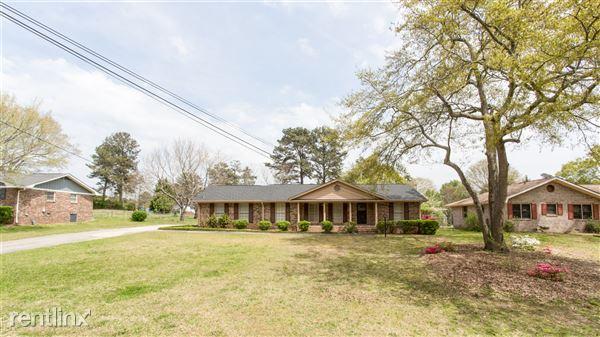 2664 Abington Dr, Snellville, GA