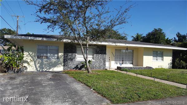 1121 Ne 202nd St, North Miami Beach, FL