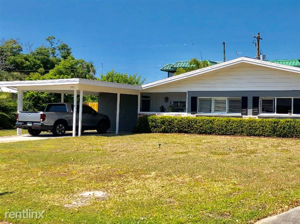 2921 Bentley Street, Sarasota, FL