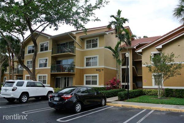 8741 Wiles Rd, Coral Springs, FL