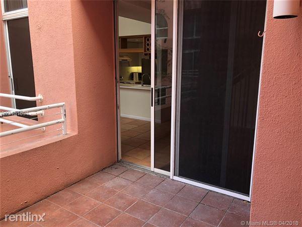 2801 Florida Ave Apt 413, Coconut Grove, FL