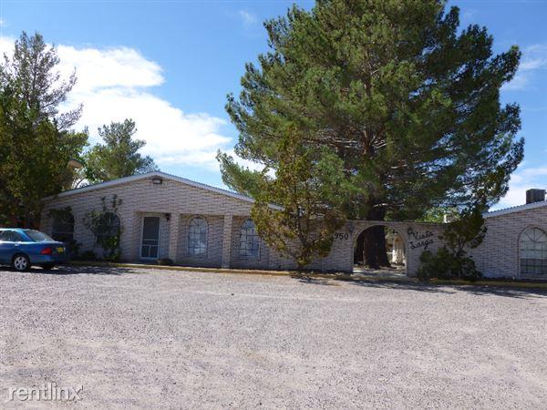 950 Mormon Drive B2, Las Cruces, NM