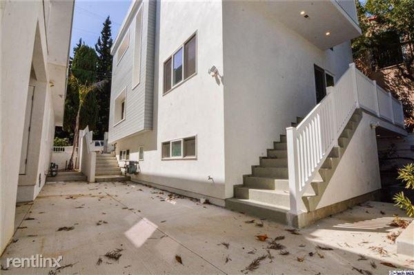 2312 N Gower St, Hollywood, CA