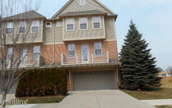 56671 Long Island Dr, Shelby Township, MI