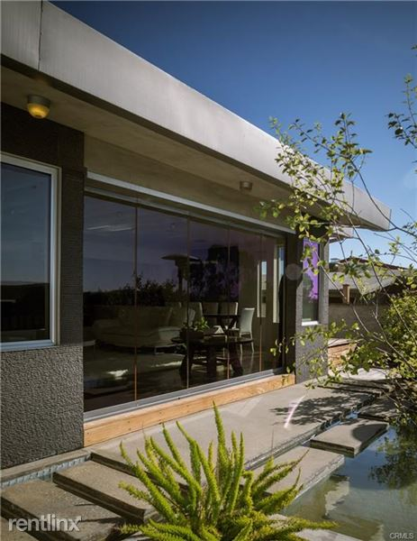 228 Notteargenta Rd, Pacific Palisades, CA