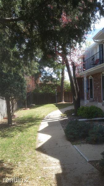 1284 Reed St, Lakewood, CO