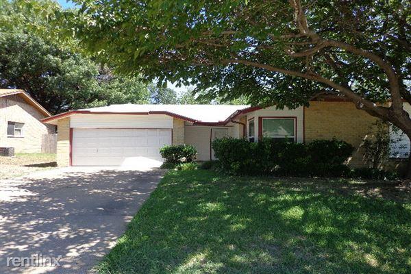 713 Cavendish Drive, Arlington, TX