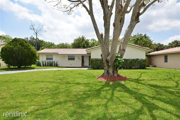 7508 Nw 40th St, Coral Springs, FL