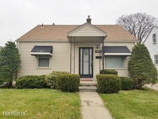 4916 Polk St, Dearborn Heights, MI