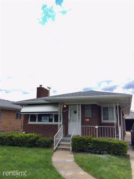 17433 Sprenger Ave, Eastpointe, MI