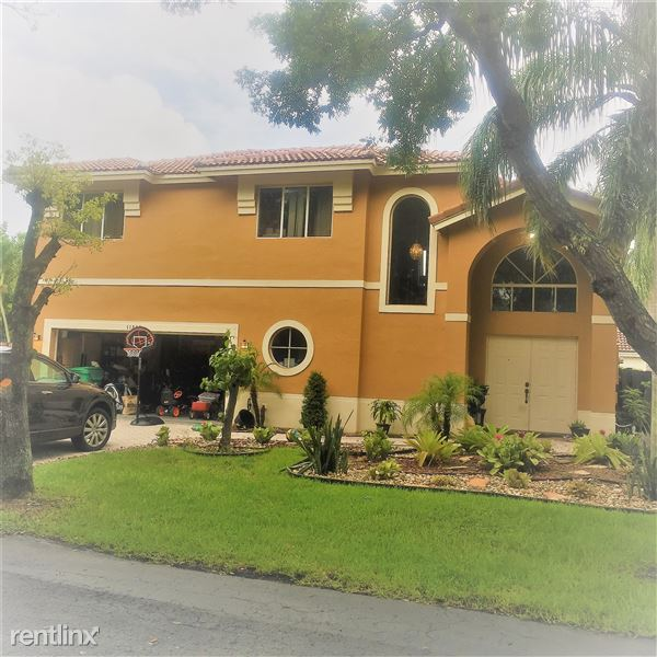 11208 Rhapsody Rd, Cooper City, FL