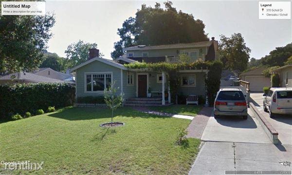 370 Scholl Dr, Glendale, CA