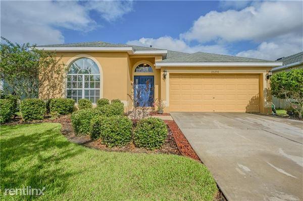 20256 Merry Oak Ave, Tampa, FL