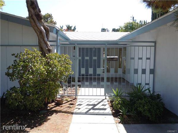 9722 Geyser Ave, Northridge, CA