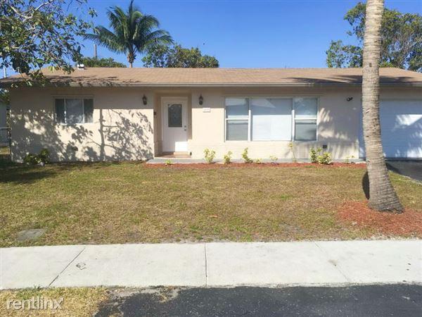 1691 Nw 2 Avenue, Pompano Beach, FL