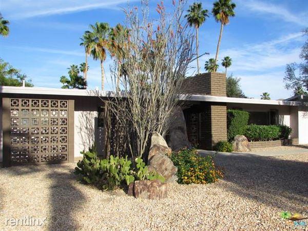 1120 S Paseo De Marcia, Palm Springs, CA