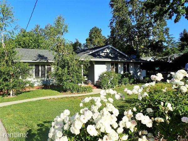 4617 Castle Rd, La Canada Flintridge, CA