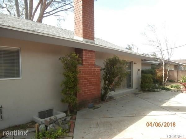8526 Ponce Ave, West Hills, CA