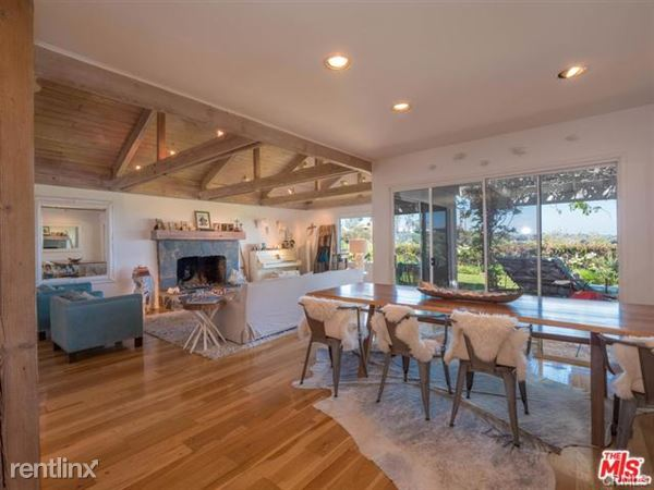 580 Lucero Ave, Pacific Palisades, CA