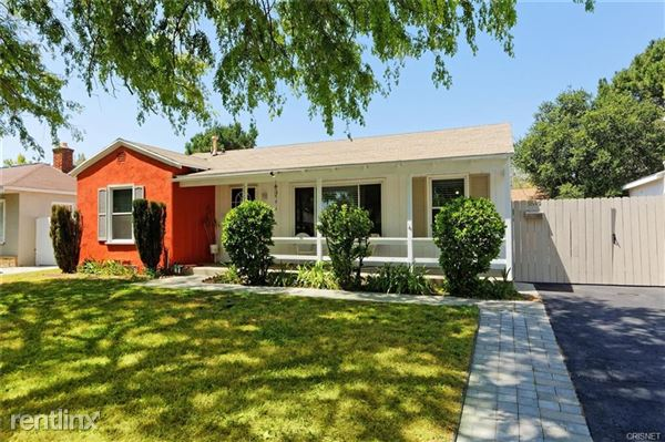 5847 Colfax Ave, North Hollywood, CA