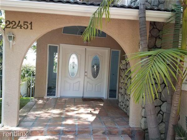 22451 Cass Ave, Woodland Hills, CA
