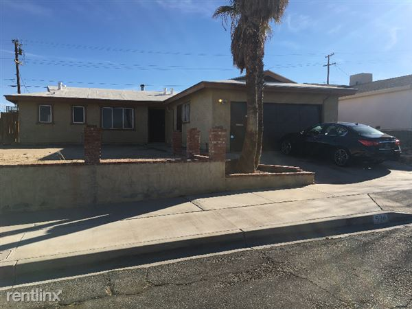 630 Kelly Drive, Barstow, CA