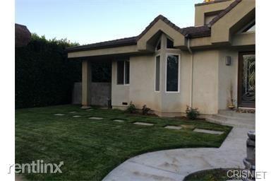5220 Quakertown Ave, Woodland Hills, CA