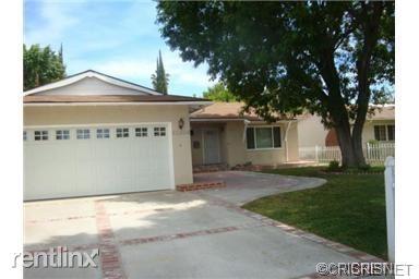 22309 Haynes St, Woodland Hills, CA