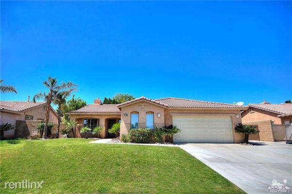 44395 Monticello Ave, La Quinta, CA
