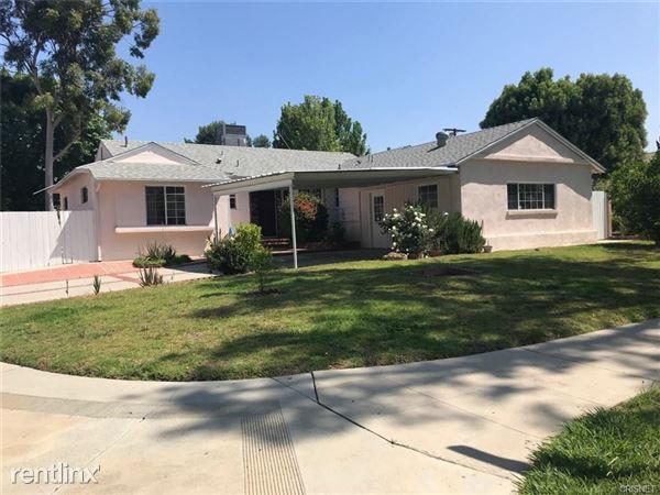 18155 Schoenborn St, Northridge, CA