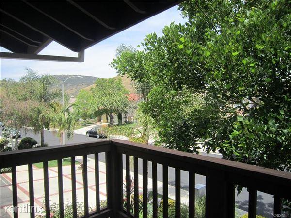 24628 Gardenstone Ln, West Hills, CA