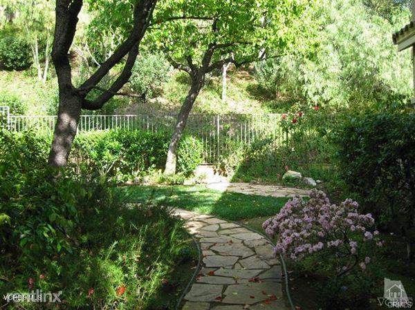 2686 Dorado Ct # 131, Thousand Oaks, CA