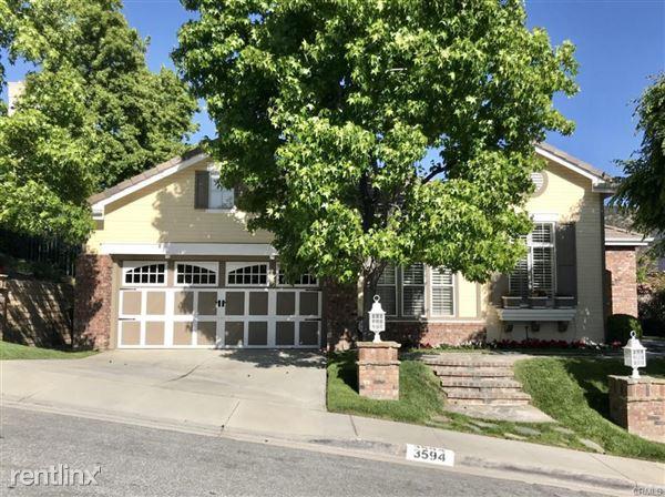 3594 Lang Ranch Pkwy, Thousand Oaks, CA