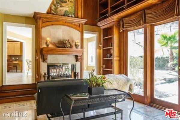 30550 Mulholland Hwy, Agoura Hills, CA