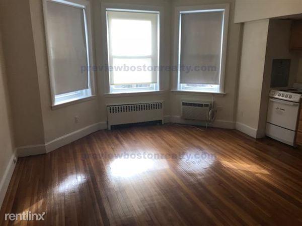 33 Lancaster Terrace APT# 305-, Brookline, MA