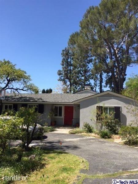 5121 Oakwood Ave, La Canada Flintridge, CA