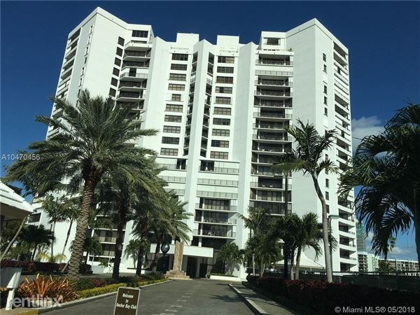 300 Three Islands Blvd Apt 312A, Hallandale Beach, FL
